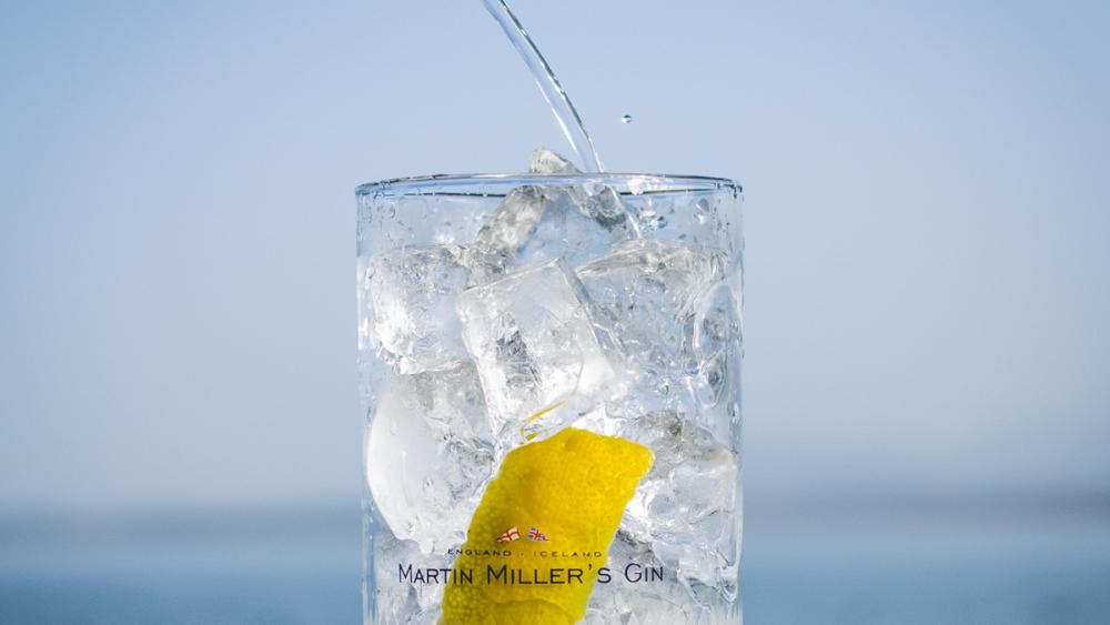 Martin Miller's Summerful Gin im Glas